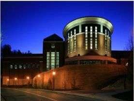 颜值与功能兼备,打造完美大学室外景观环境激光内雕